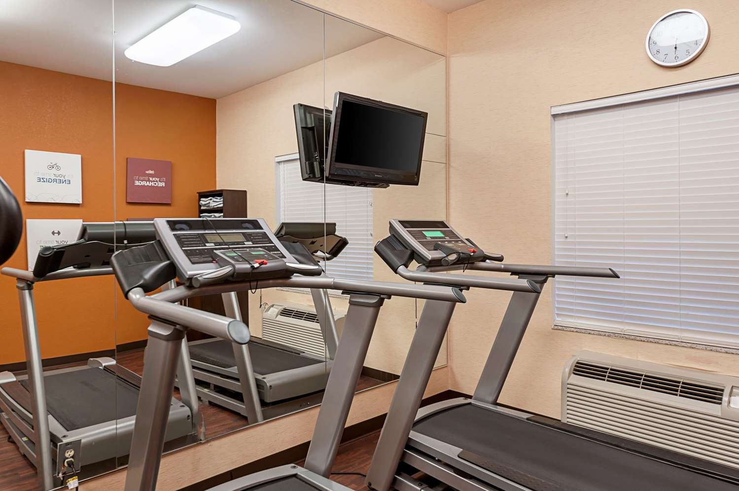 Fitness/ Exercise Room - Comfort Suites Sulphur