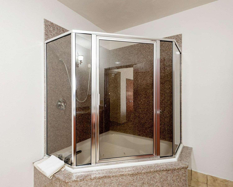 Suite - Comfort Inn Broussard