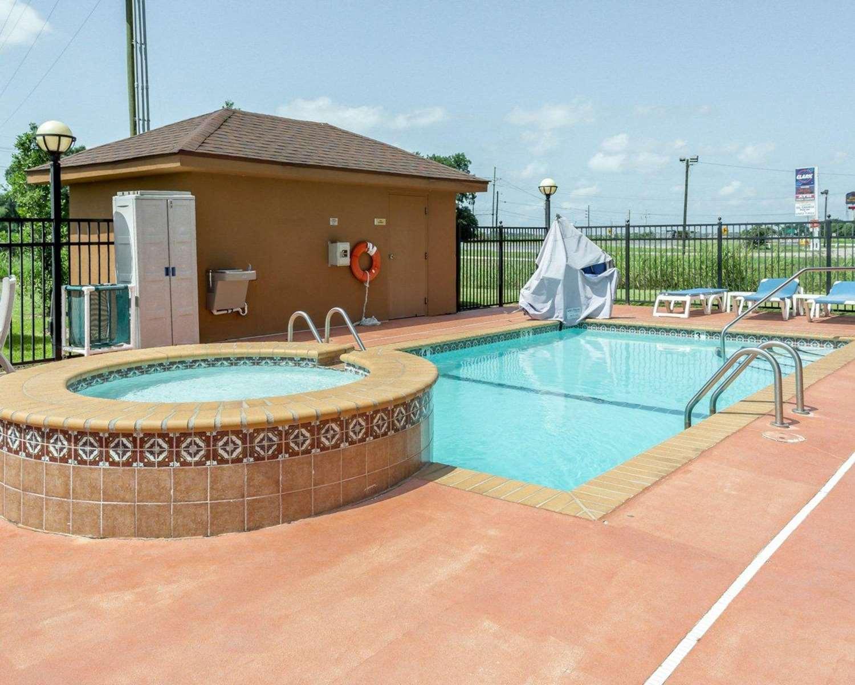 Pool - Comfort Inn Donaldsonville