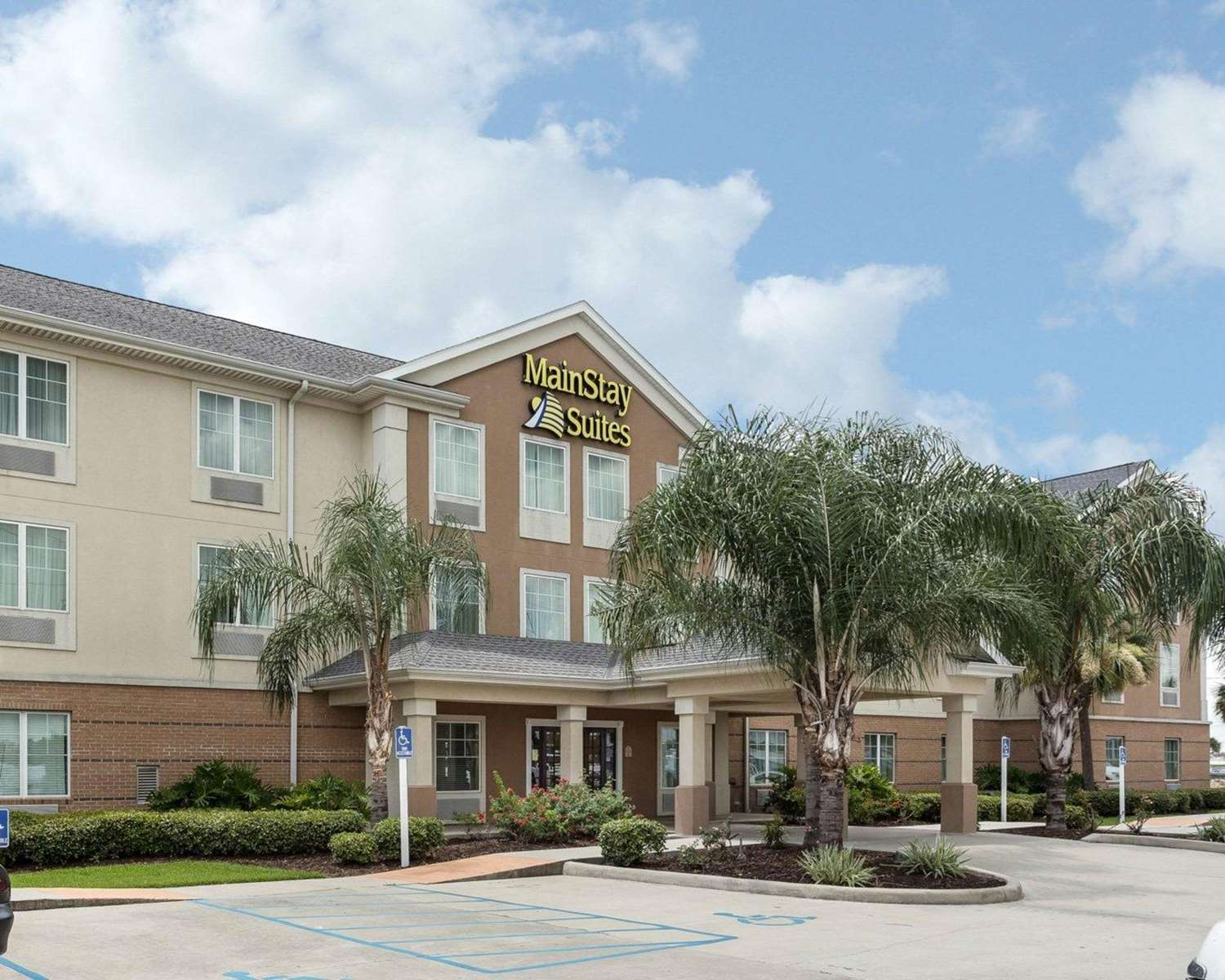 Exterior view - MainStay Suites Houma