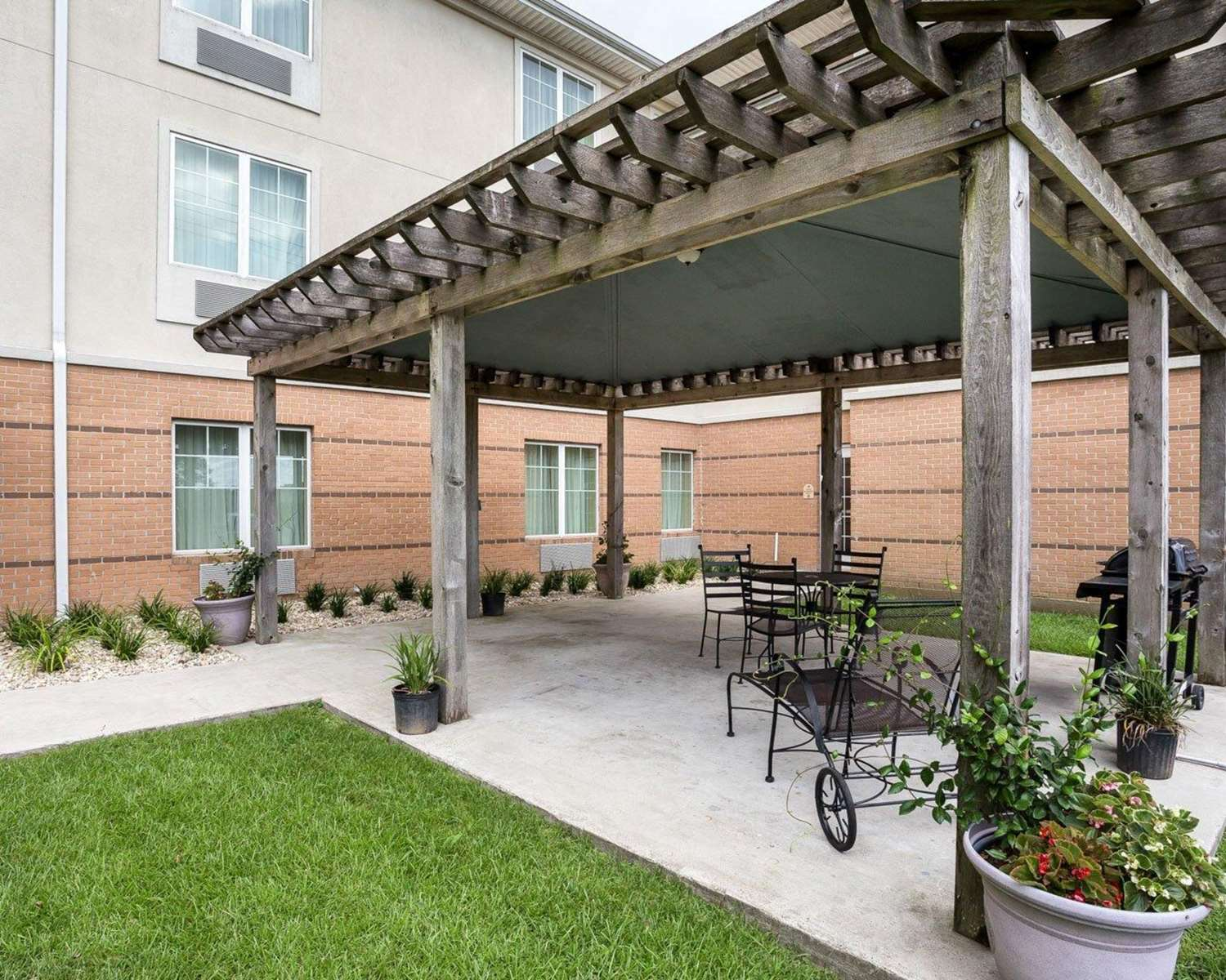 Other - MainStay Suites Houma