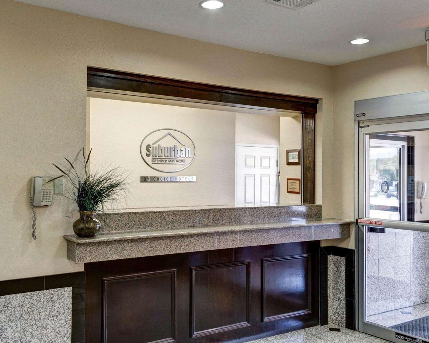 Lobby - Suburban Extended Stay Hotel LaPlace