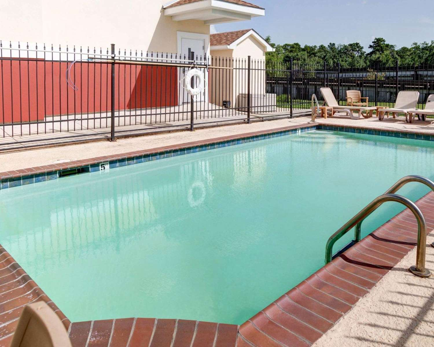 Pool - Suburban Extended Stay Hotel LaPlace