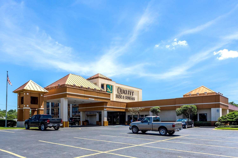 Exterior view - Quality Inn & Suites Port Allen