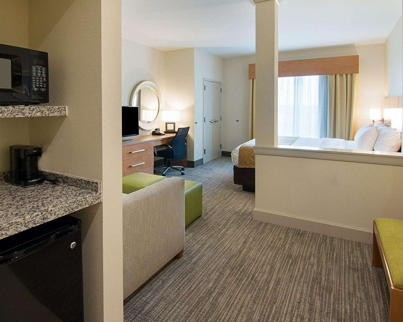 Suite - Comfort Suites Bossier City