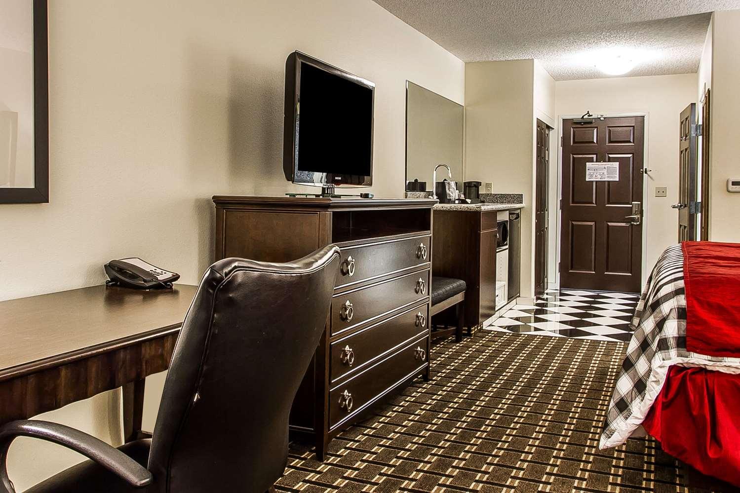 Suite - Evangeline Downs Hotel Opelousas