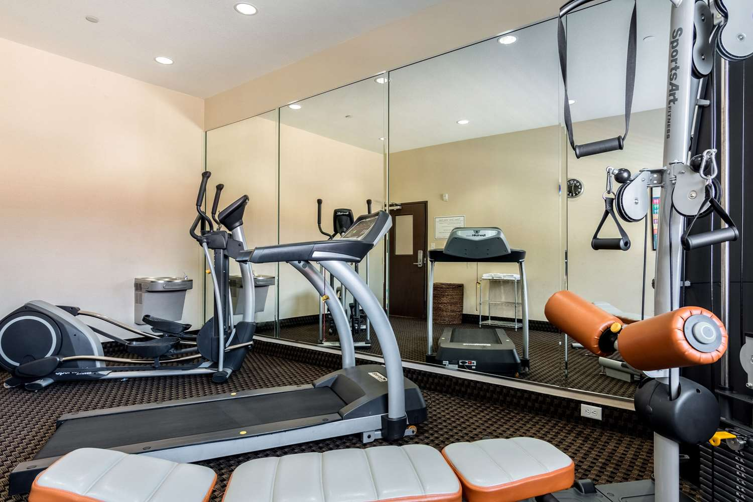 Fitness/ Exercise Room - Comfort Inn & Suites Mansfield