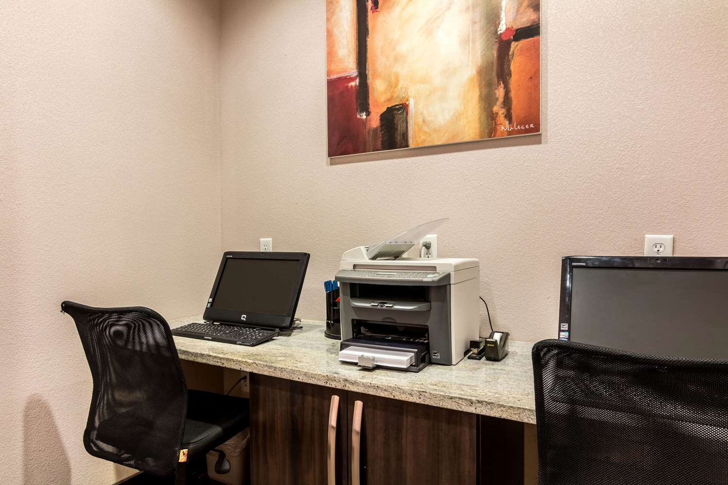 Conference Area - Comfort Inn & Suites Mansfield