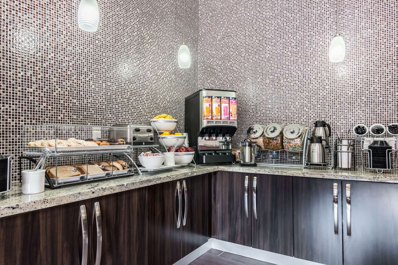 Restaurant - Comfort Inn & Suites Mansfield