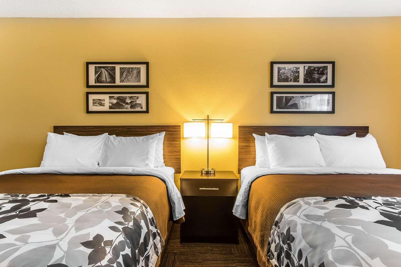 Room - Sleep Inn Jonesboro