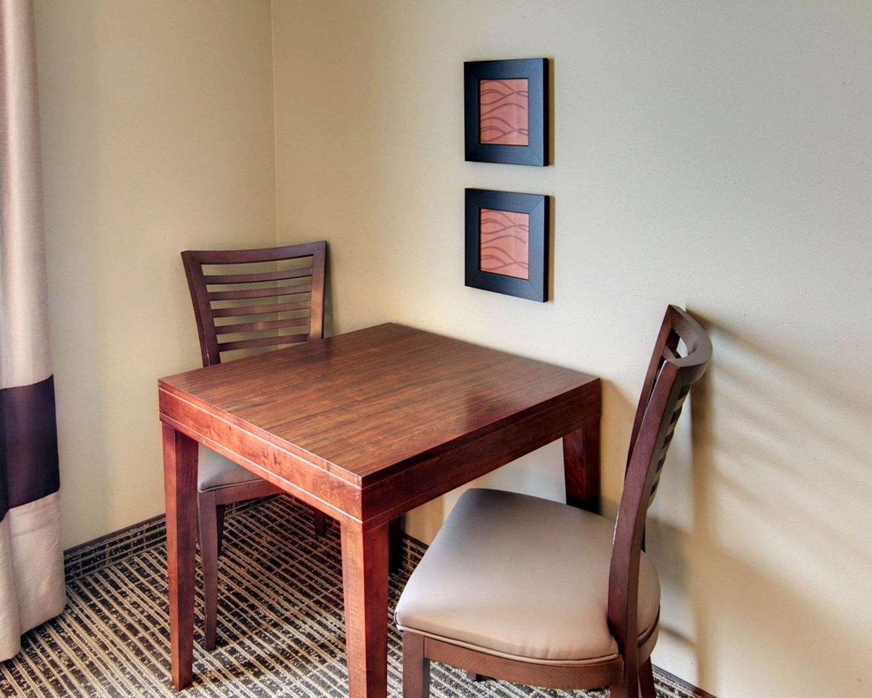 Room - Comfort Inn West Monroe
