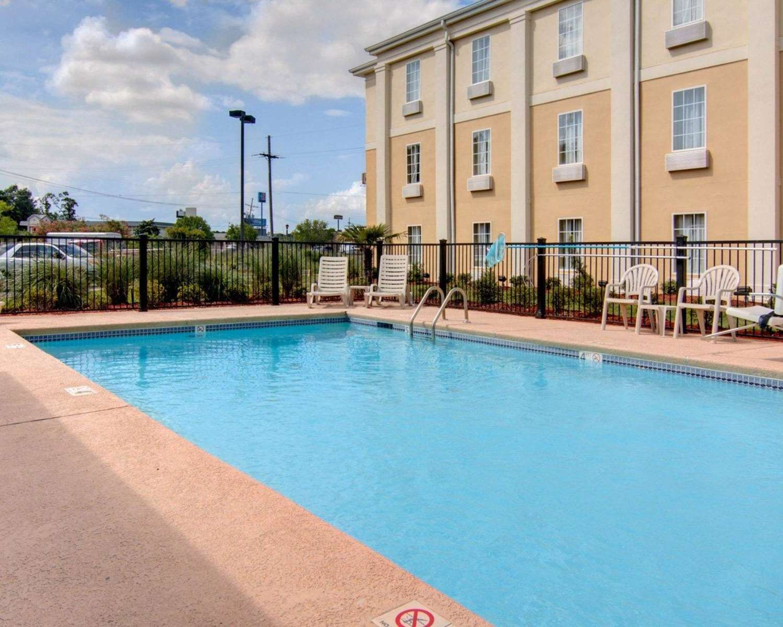 Pool - Comfort Inn West Monroe