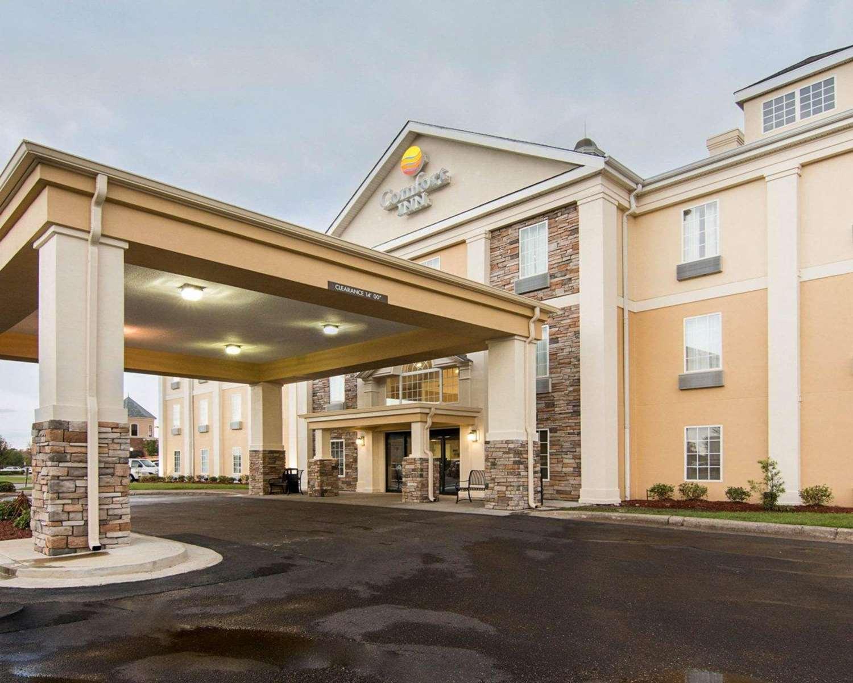 Exterior view - Comfort Inn West Monroe