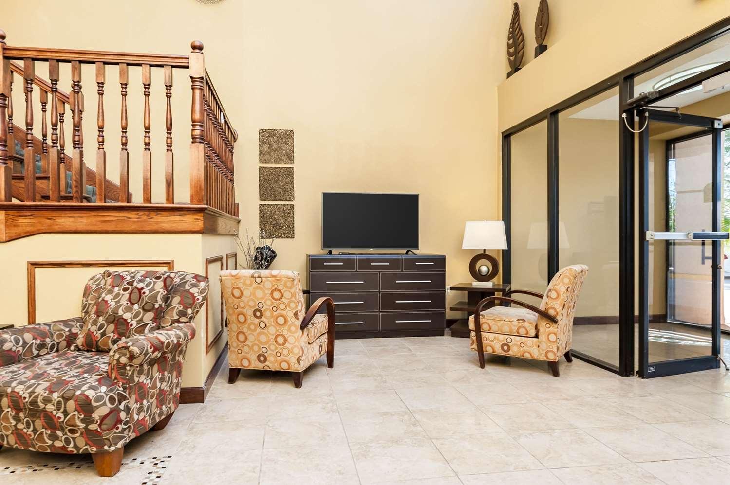 Lobby - Quality Inn & Suites Lafayette