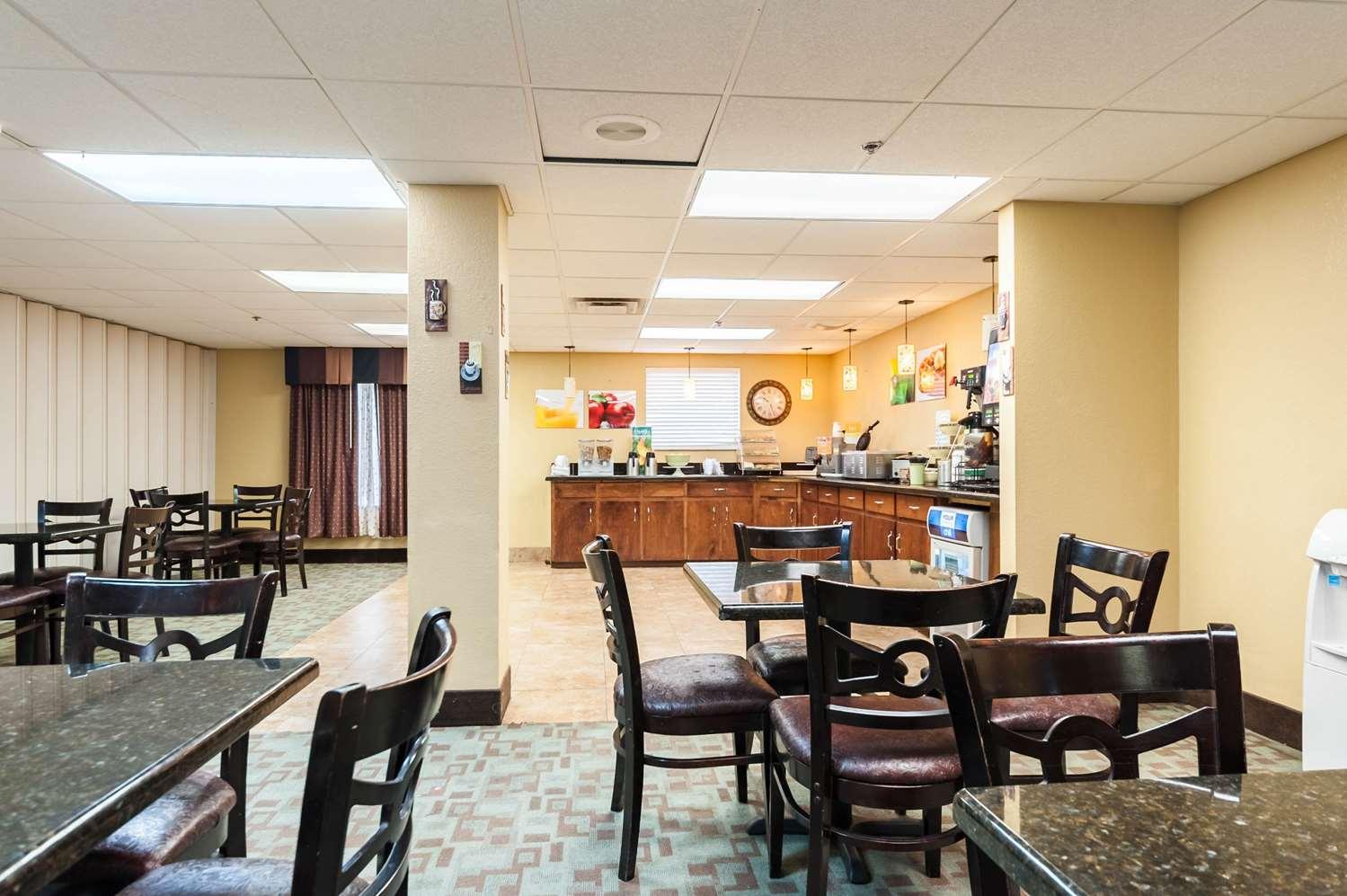 Restaurant - Quality Inn & Suites Lafayette