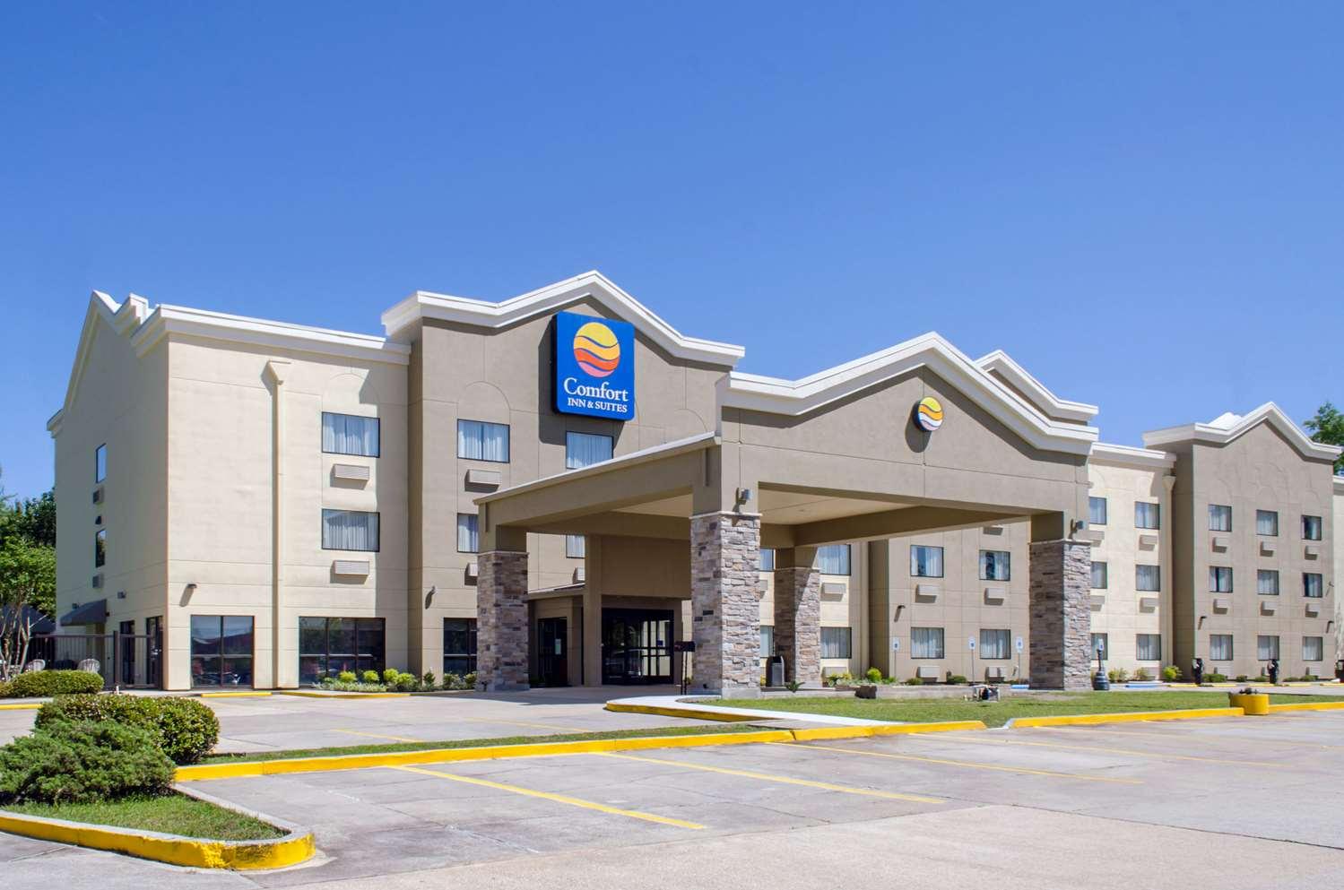 Exterior view - Comfort Inn & Suites Covington
