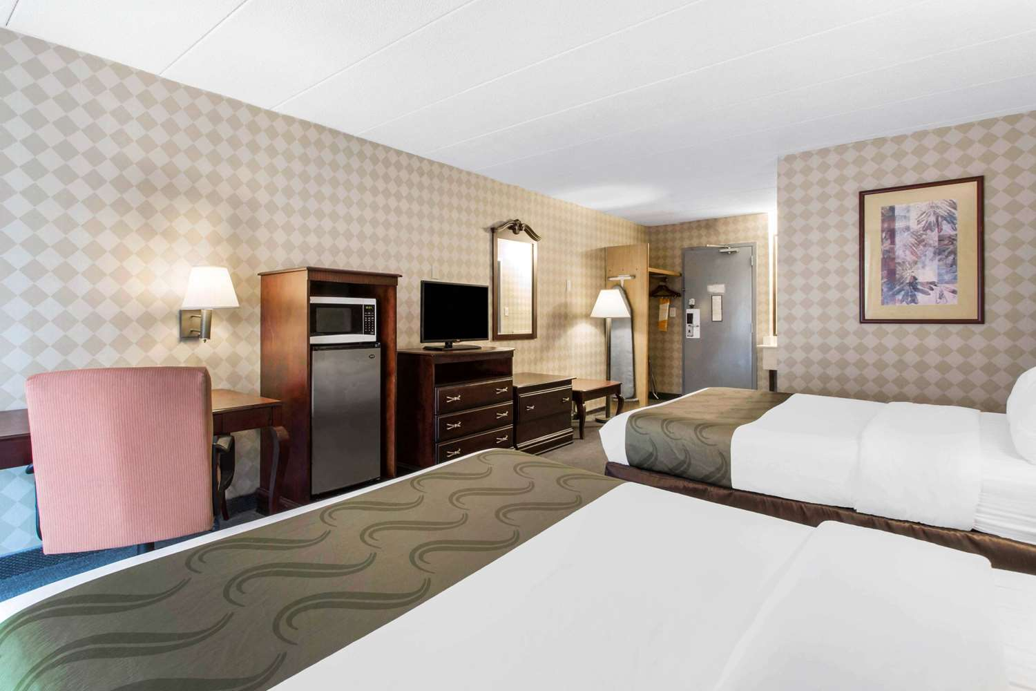 Room - Quality Inn West Springfield