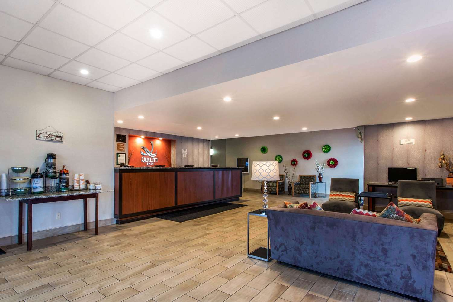 Lobby - Quality Inn West Springfield