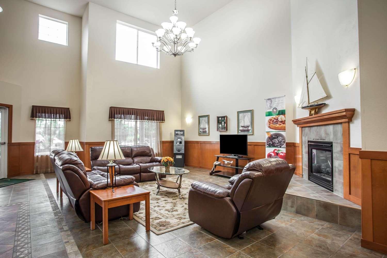Lobby - Quality Inn & Suites Federal Way