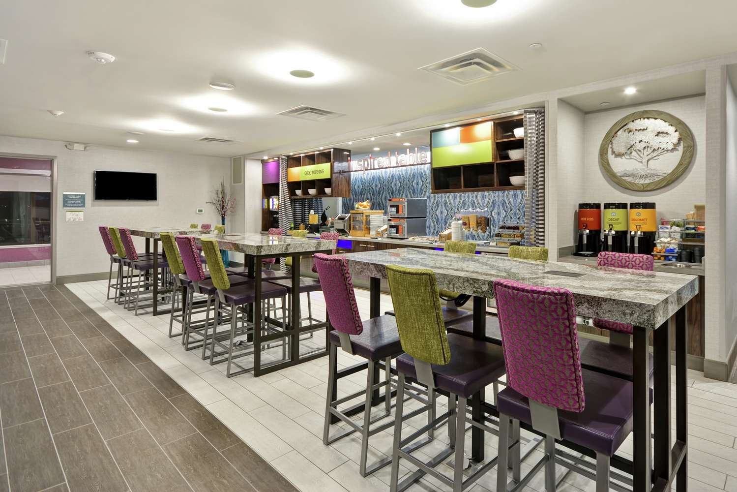 Restaurant - Home2 Suites by Hilton Airport Kansas City