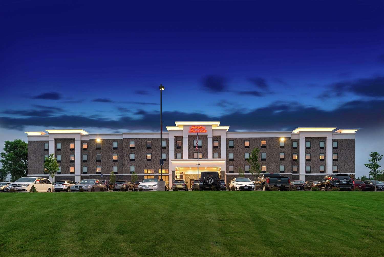 Exterior view - Hampton Inn & Suites Oakdale