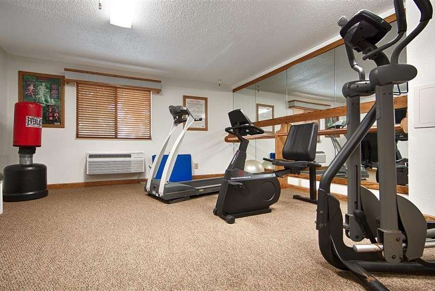 Fitness/ Exercise Room - Baymont Inn & Suites Robinson