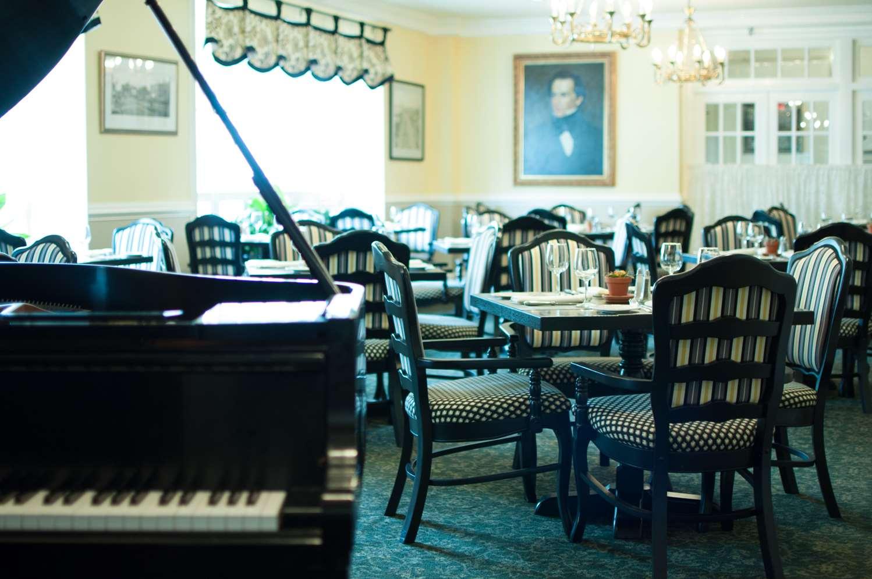 Restaurant - Hawthorne Hotel Salem