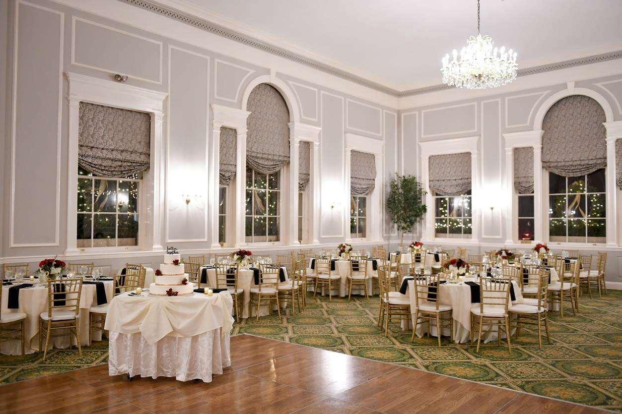 Ballroom - Hawthorne Hotel Salem