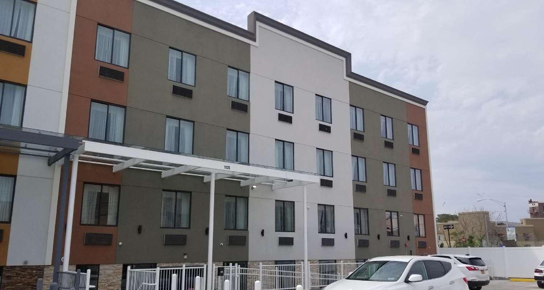 Exterior view - Best Western Far Rockaway Inn