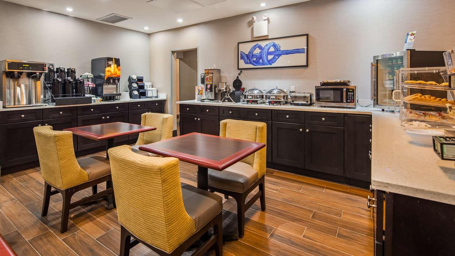 Restaurant - Best Western Far Rockaway Inn