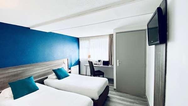 Hotel KYRIAD PERONNE
