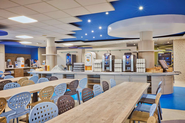 Restaurant - Hotel Kyriad Poitiers - Jules Verne Site Du Futuroscope
