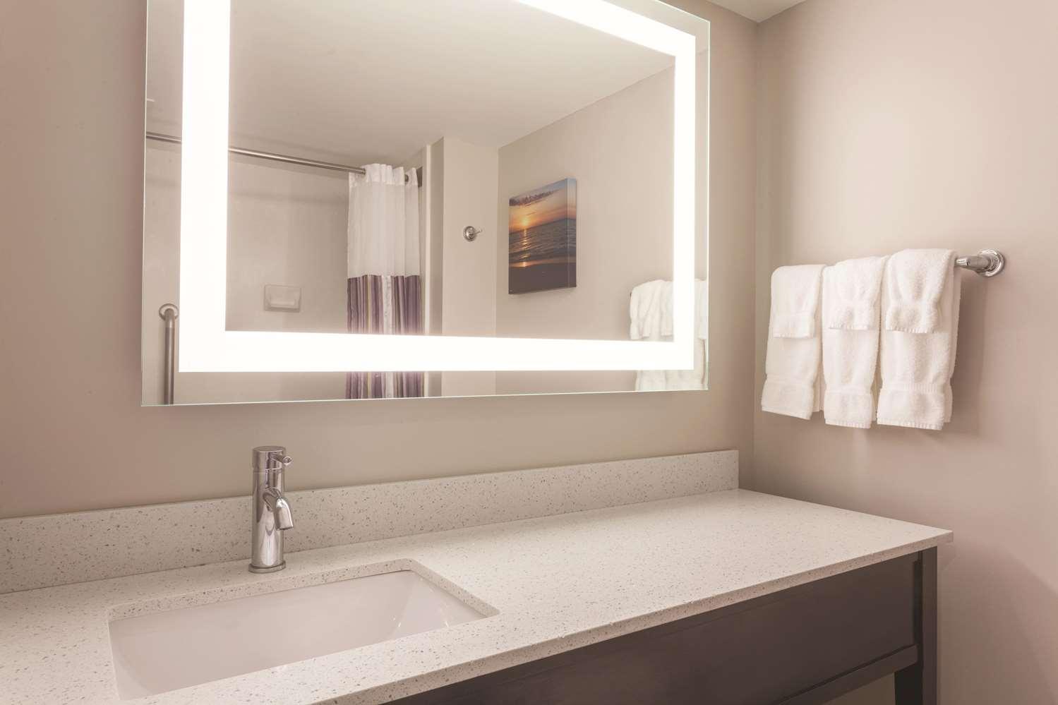 Room - La Quinta Inn & Suites Columbus