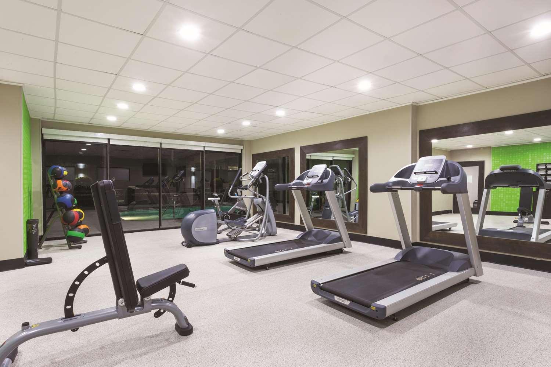 Fitness/ Exercise Room - La Quinta Inn & Suites Columbus