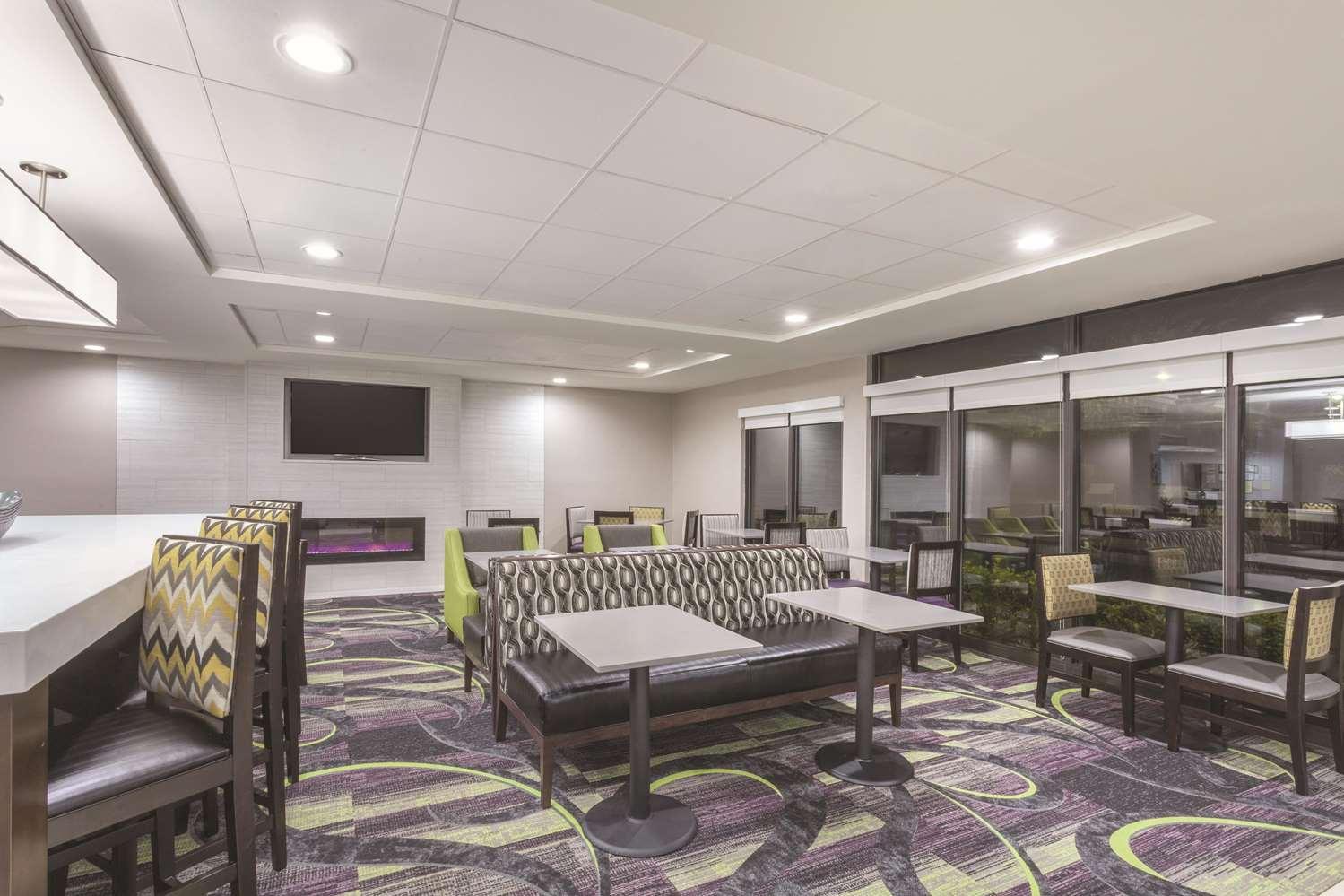 proam - La Quinta Inn & Suites Columbus
