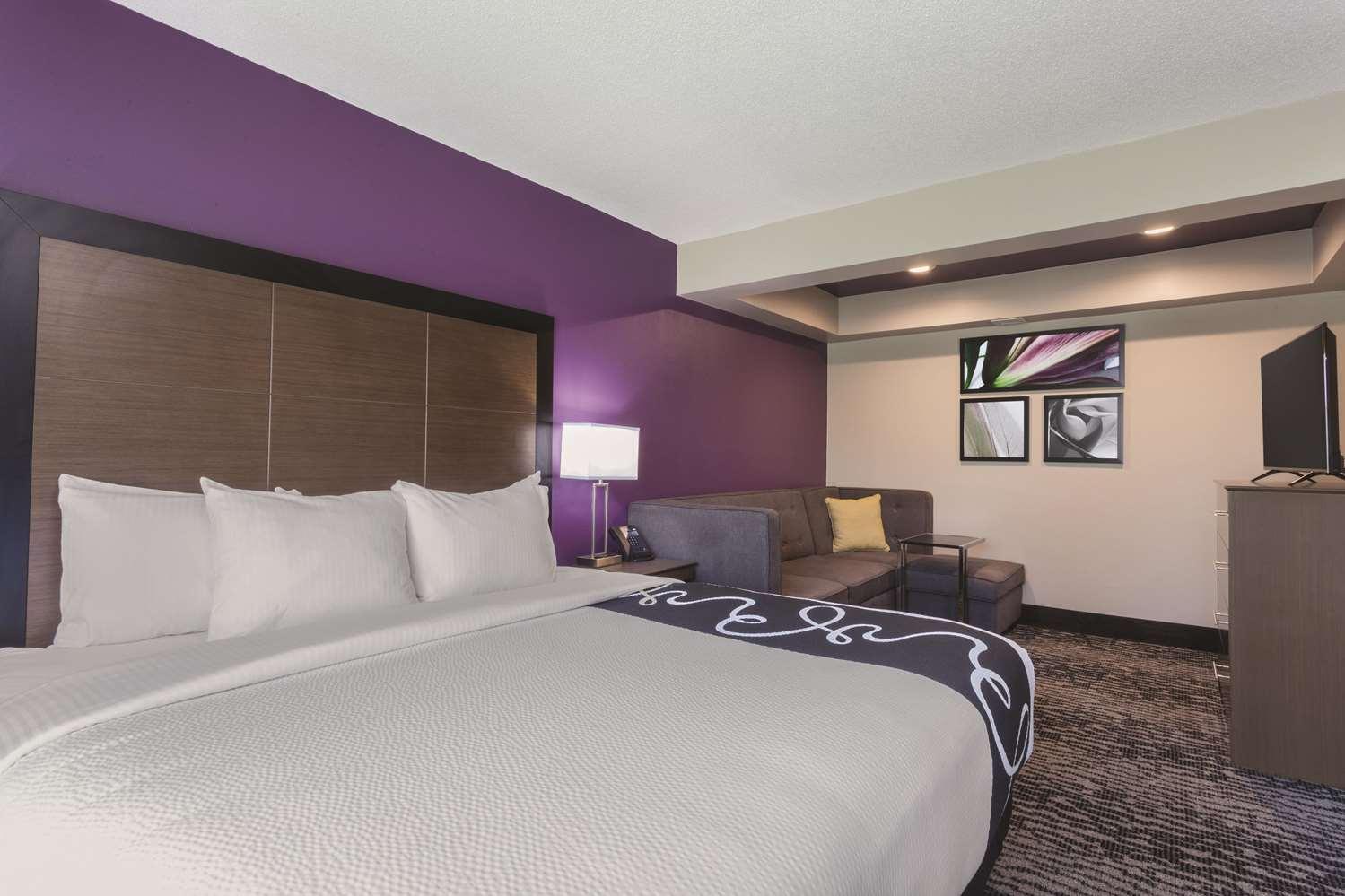 Suite - La Quinta Inn & Suites Columbus