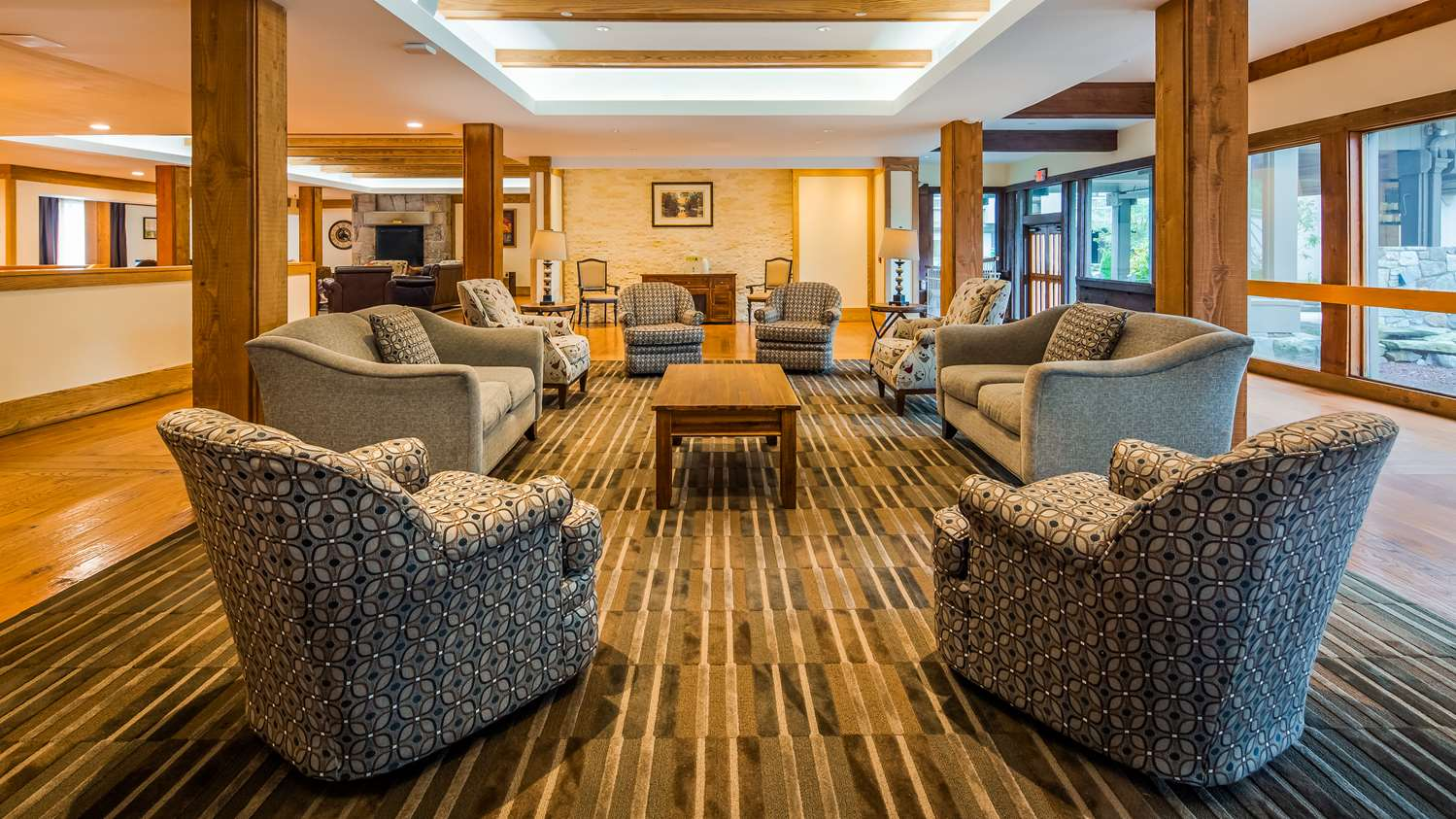 Lobby - Heritage Hotel Southbury