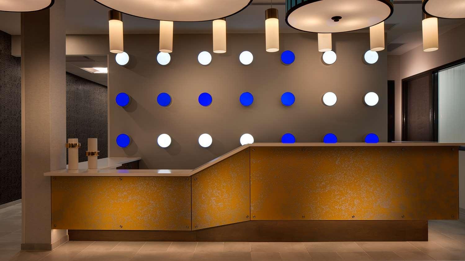 Lobby - GLo Best Western Kanata Hotel