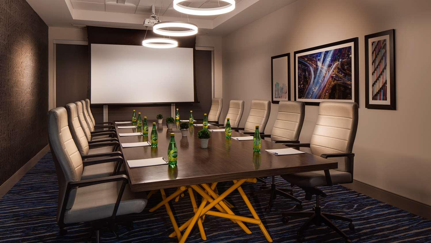 Meeting Facilities - GLo Best Western Kanata Hotel