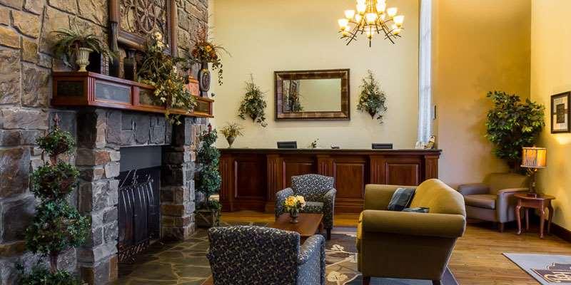 Lobby - Barrington Hotel & Suites Branson