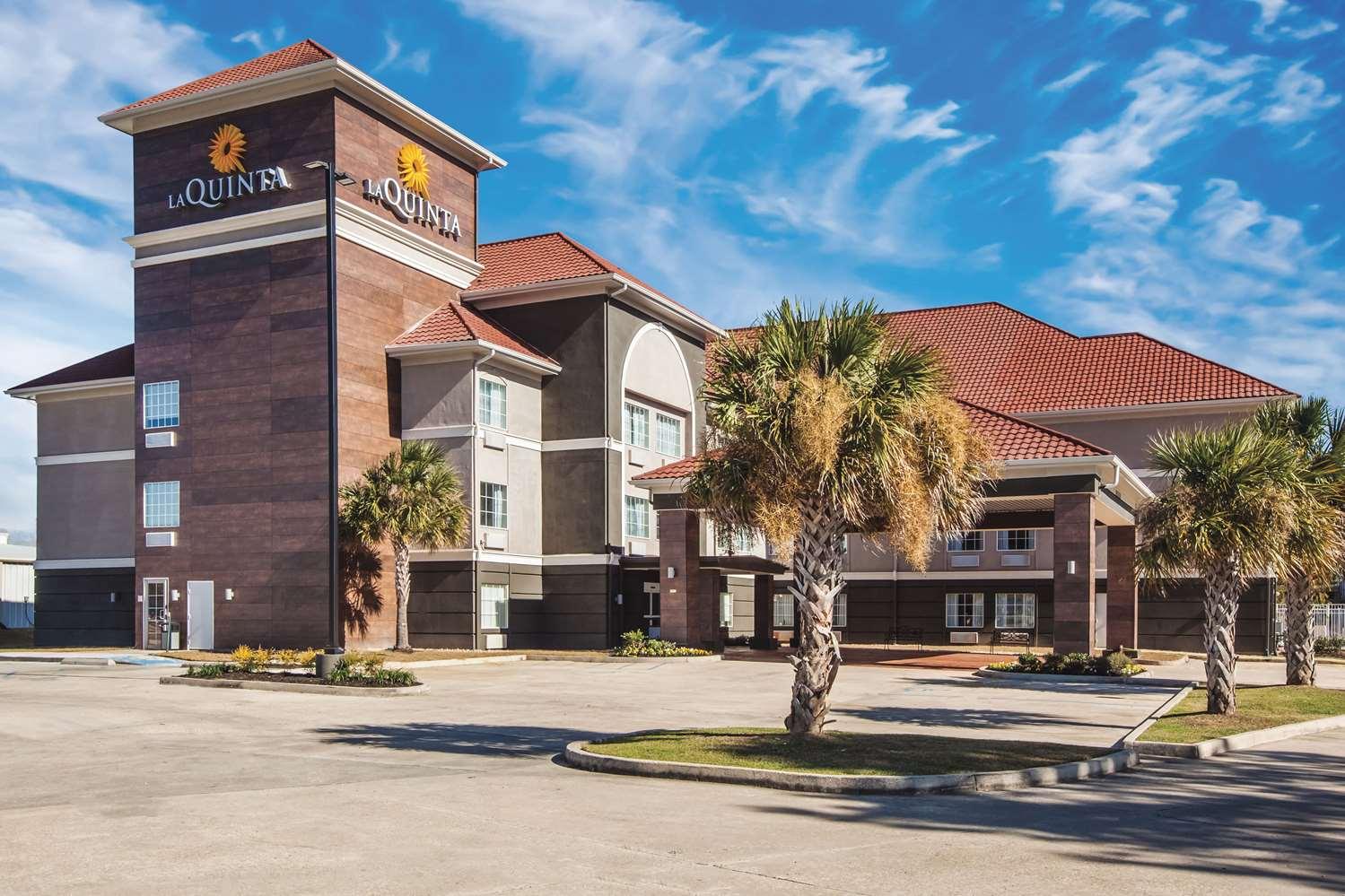 Exterior view - La Quinta Inn & Suites Walker
