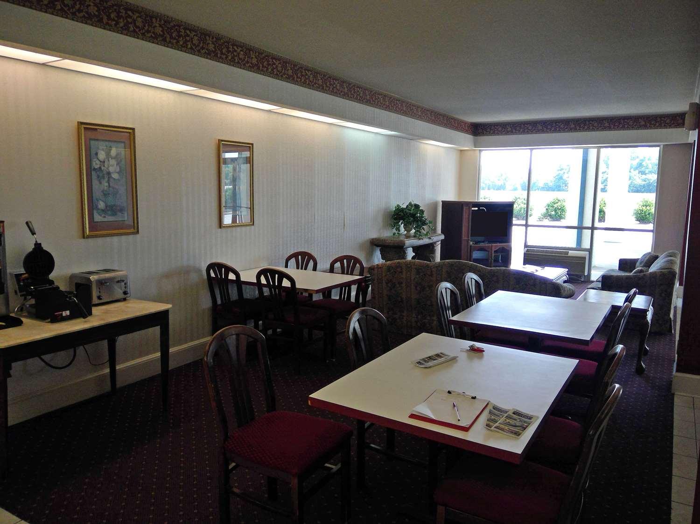 Restaurant - Americas Best Value Inn Kinston