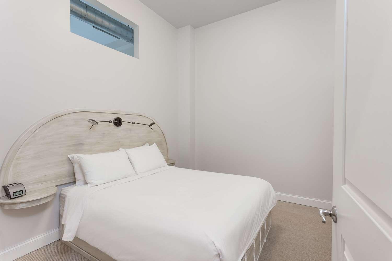Room - Lofts on Pearl Hotel Buffalo
