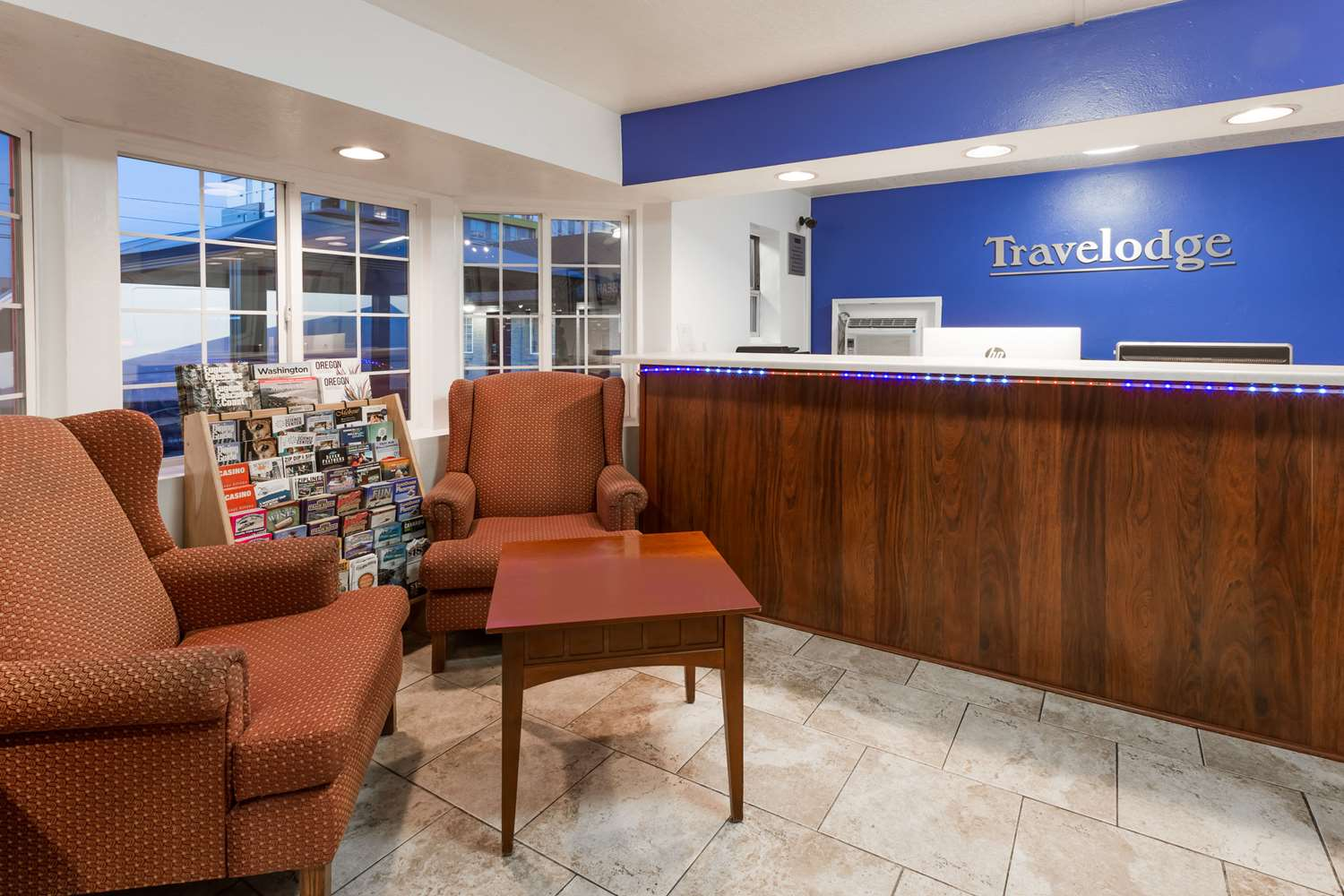 Lobby - Travelodge Downtown Eugene