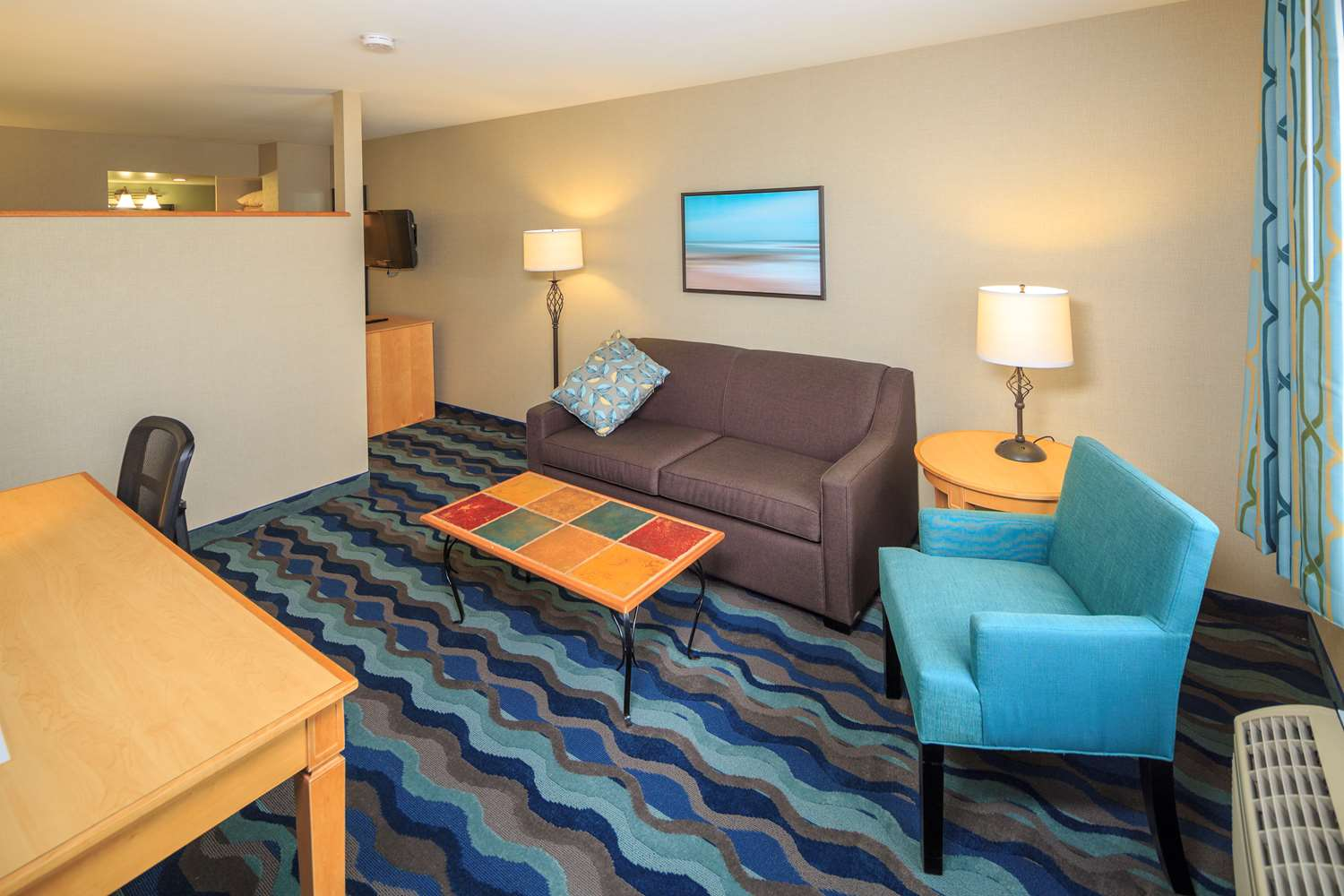 Suite - Accent Inn Burnaby