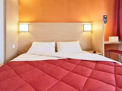 Hotel PREMIERE CLASSE POISSY - Achères