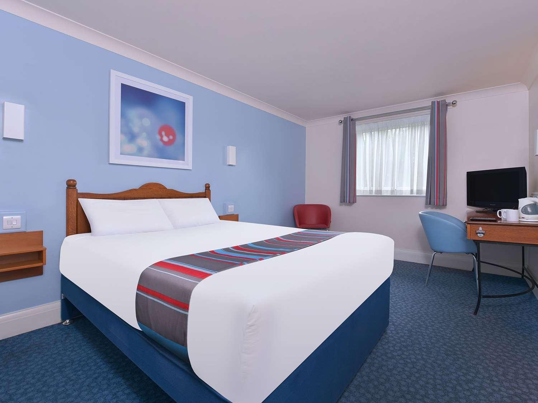 GB Oldham Chadderton double room x
