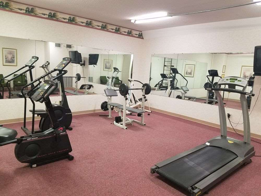Fitness/ Exercise Room - Baymont Inn & Suites Cookeville