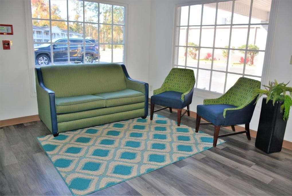 Lobby - Travelodge Walterboro