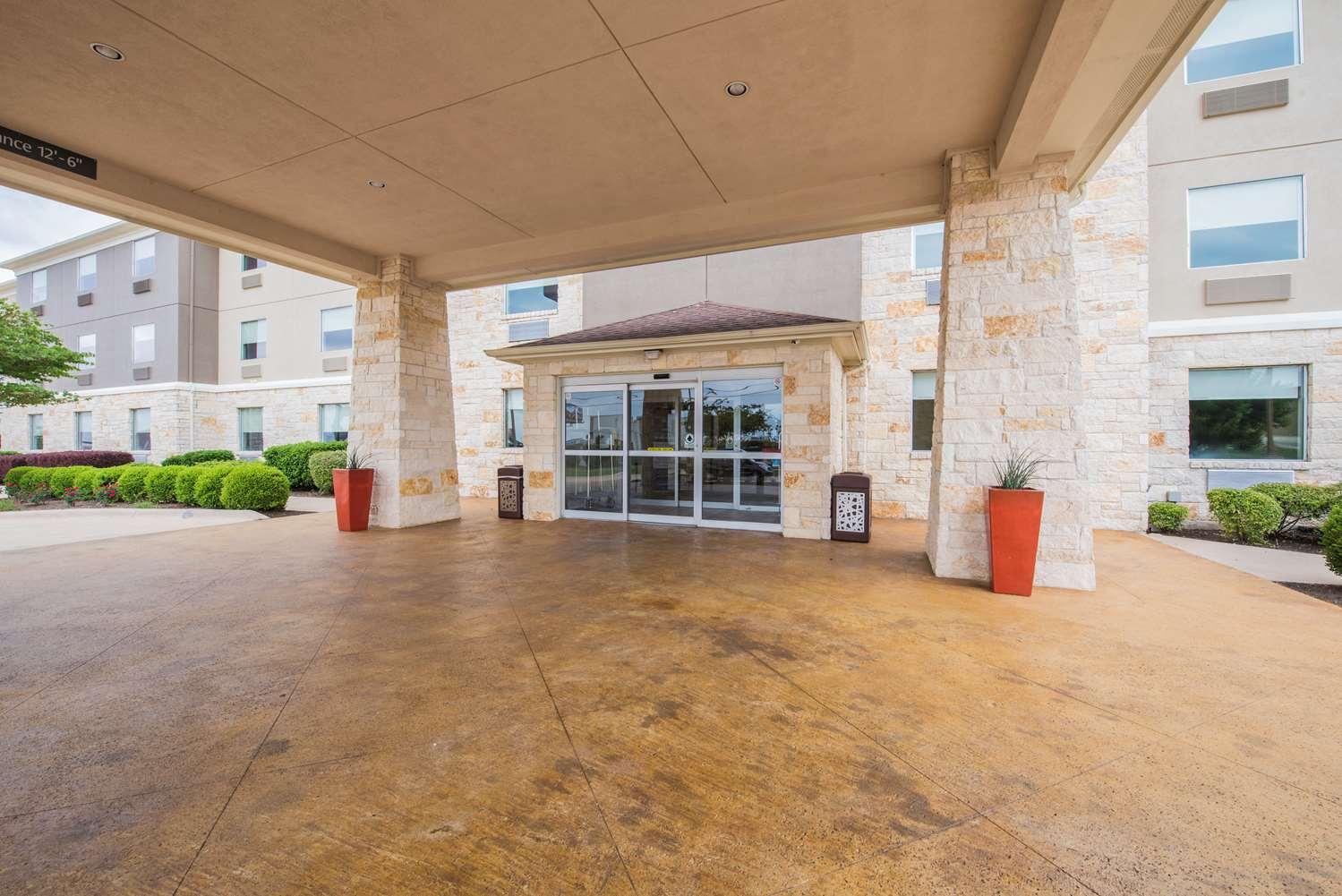 Exterior view - Best Western Plus Killeen Fort Hood Hotel & Suites
